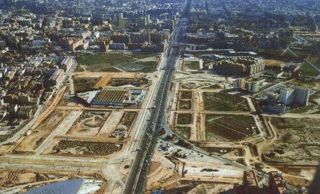 PLAN PARTIEL D'ADEMUZ SECTEUR PRR1 ET SECTEUR PO2. Projet de remembrement et urbanisation. Surface domaine : 830 000 m2. Emplacement : avenida de las Cortes Valencianas – Valence