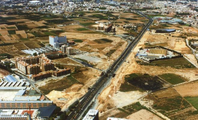 PLAN PARCIAL DE ADEMUZ SECTOR PRR1 Y SECTOR PO2 Proyecto de reparcelación y urbanización Superficie ámbito: 830.000 m2 Localización: avenida de las Cortes Valencianas – Valencia