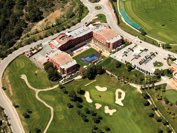 Hôtel Barcelona Golf Resort 4* Premium