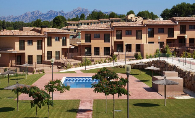Homes in Barcelona golf designed with architectural solutions and highly advanced, energy-efficient technologies.