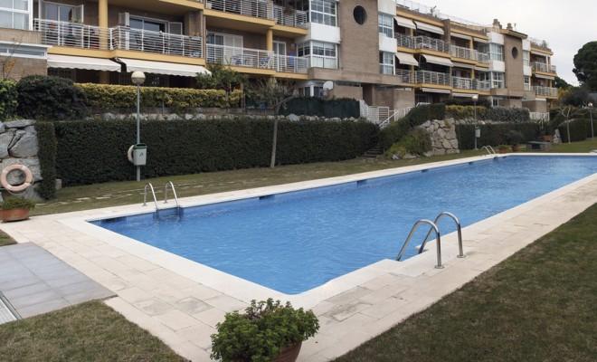 RESIDENCIAL BLAU BALÍS Proyecto de construcción Superficie ámbito: 932.000 m2 Promoción de 138 viviendas en altura, zona comunitaria con piscina y jardín Número de plantas: 5 Superficie total parcelada: 25.000 m2 Localización: Sant Andreu de Llavaneres – Barcelona